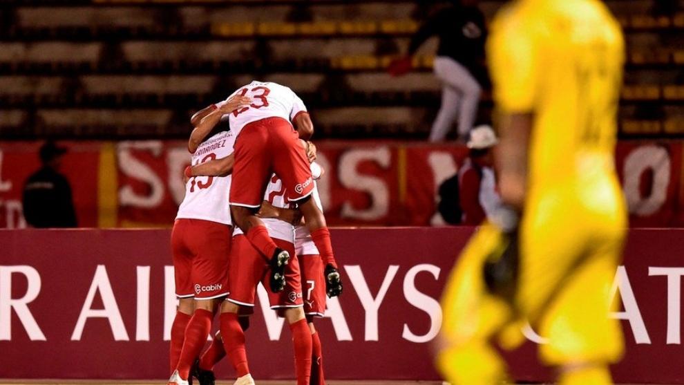 Independiente cayó en Quito pero pasó a cuartos