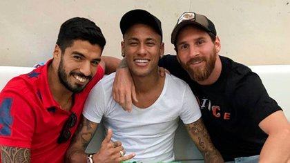 Neymar se sumó a la crítica de Messi a la dirigencia del Barcelona