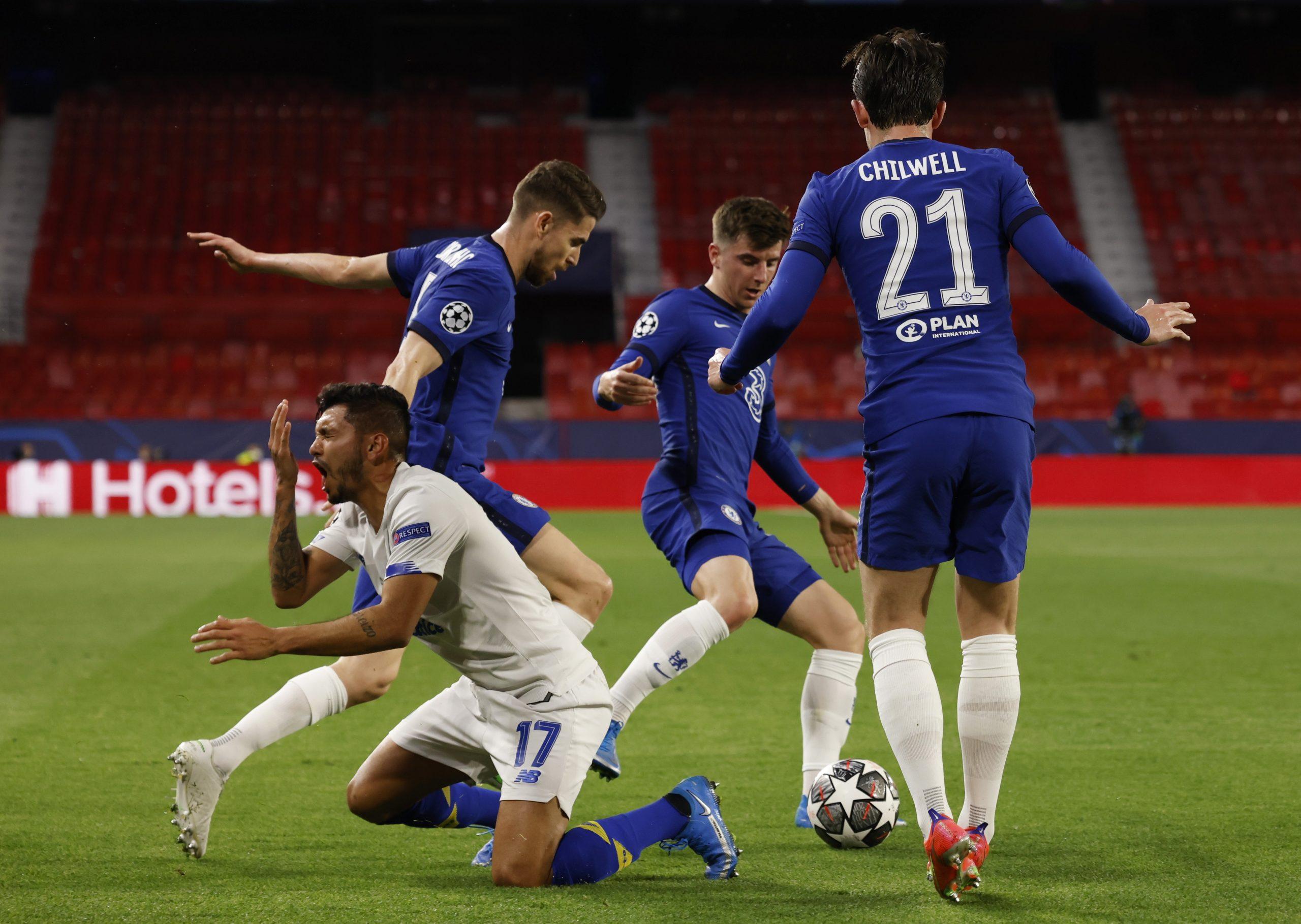 Chelsea perdió pero lo salvó el triunfo en la ida