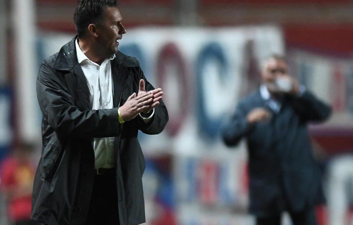 Dabove no se guarda nada para la ida ante Santos