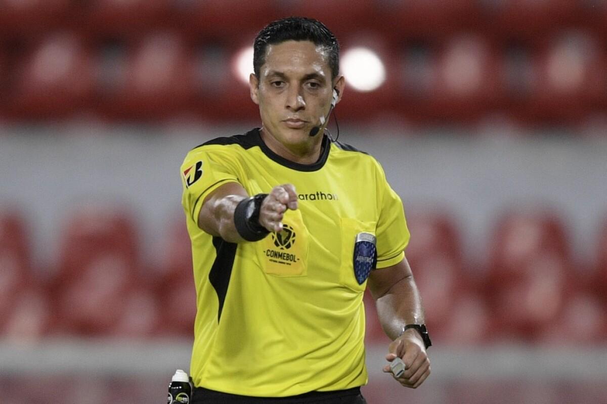 Árbitro confirmado para Argentina ante Paraguay
