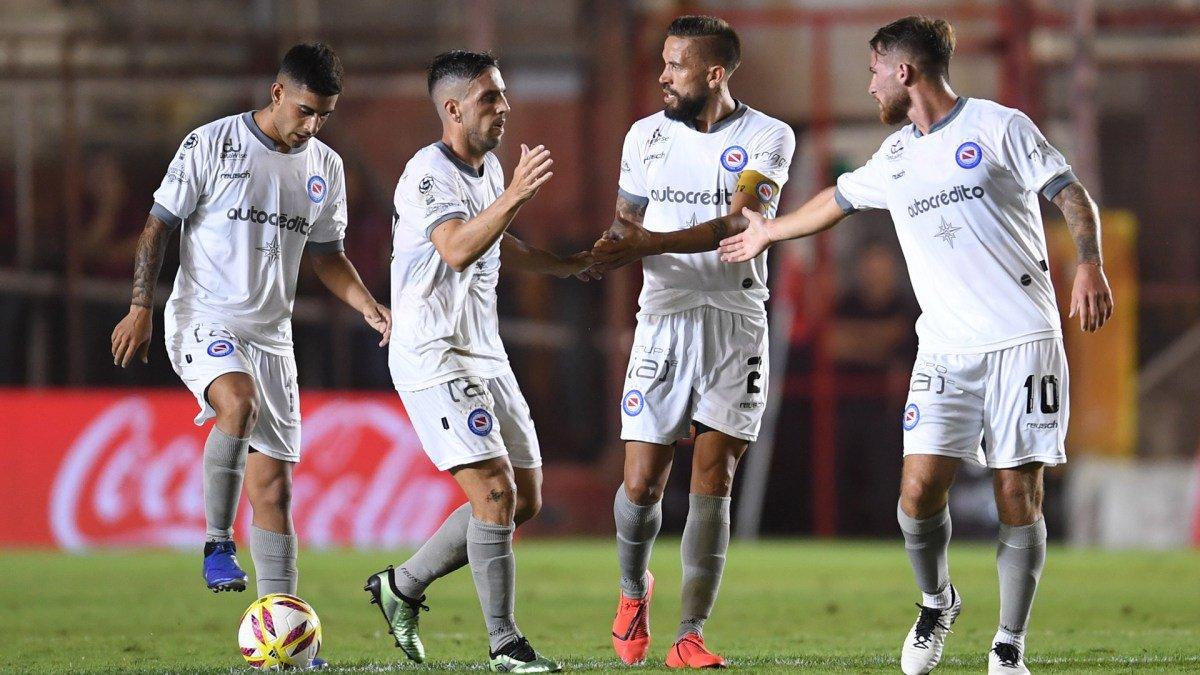 Torren se defendió de las críticas por la patada a Domínguez