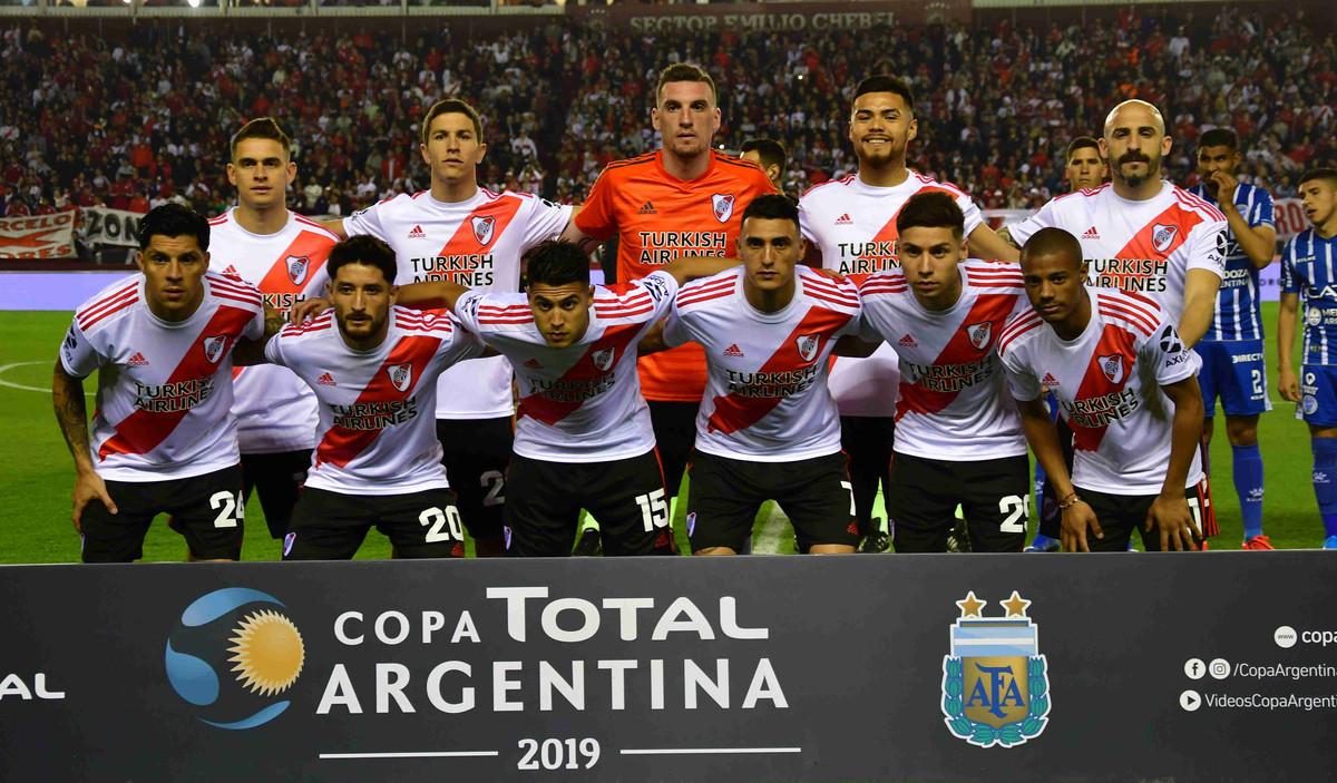 River vs Central Córdoba (SdE): horario, árbitro y formaciones
