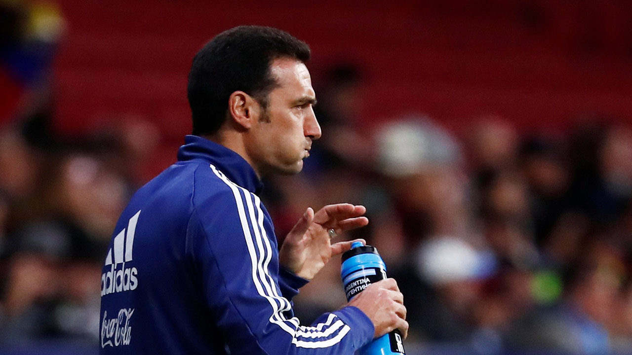 Las dudas de Scaloni para jugar ante Paraguay