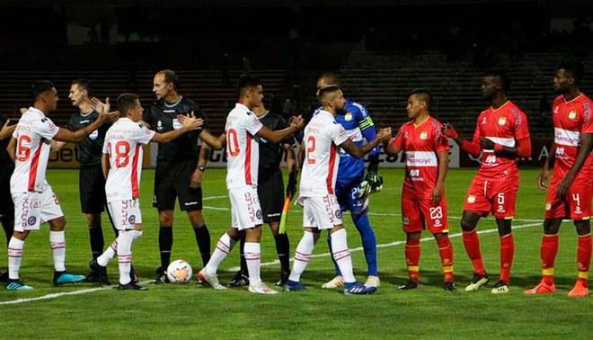 Argentinos no pudo con Sport Huancayo en la altura y quedó afuera de la Sudamericana